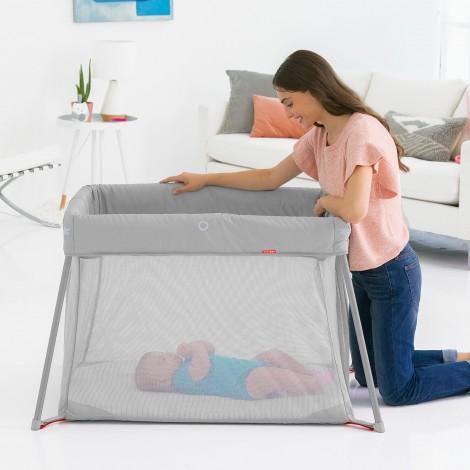 Манеж-кроватка Play-to-Night Expanding Travel Crib SKIP HOP  (арт. 304225)